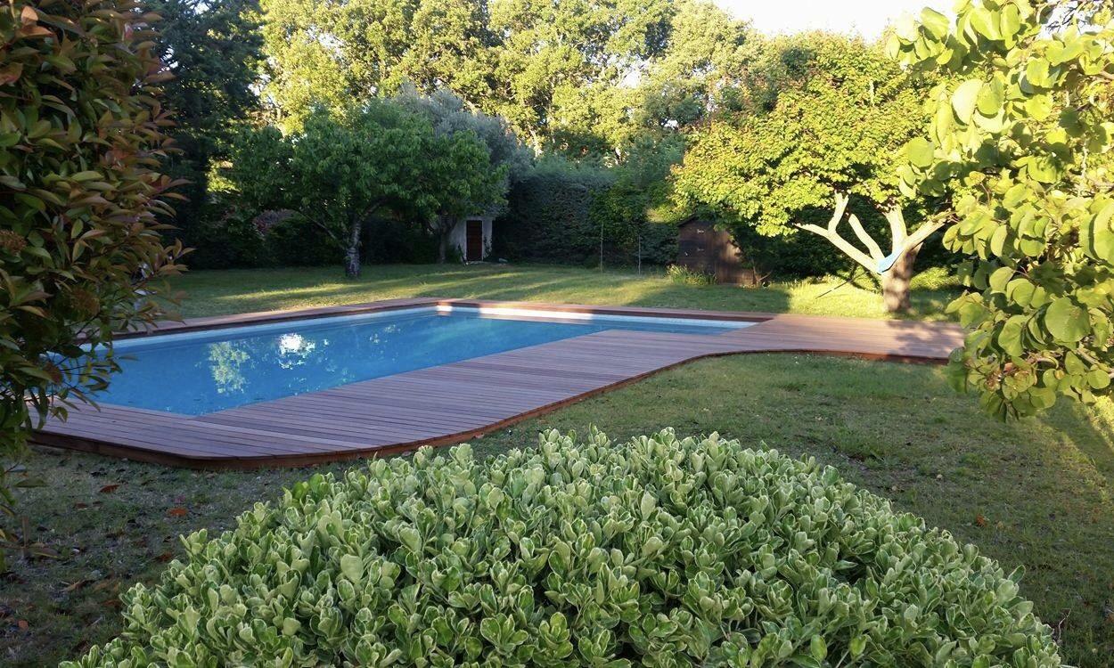 R novation plage de piscine en bois aix en provence - Piscine plein air aix en provence ...