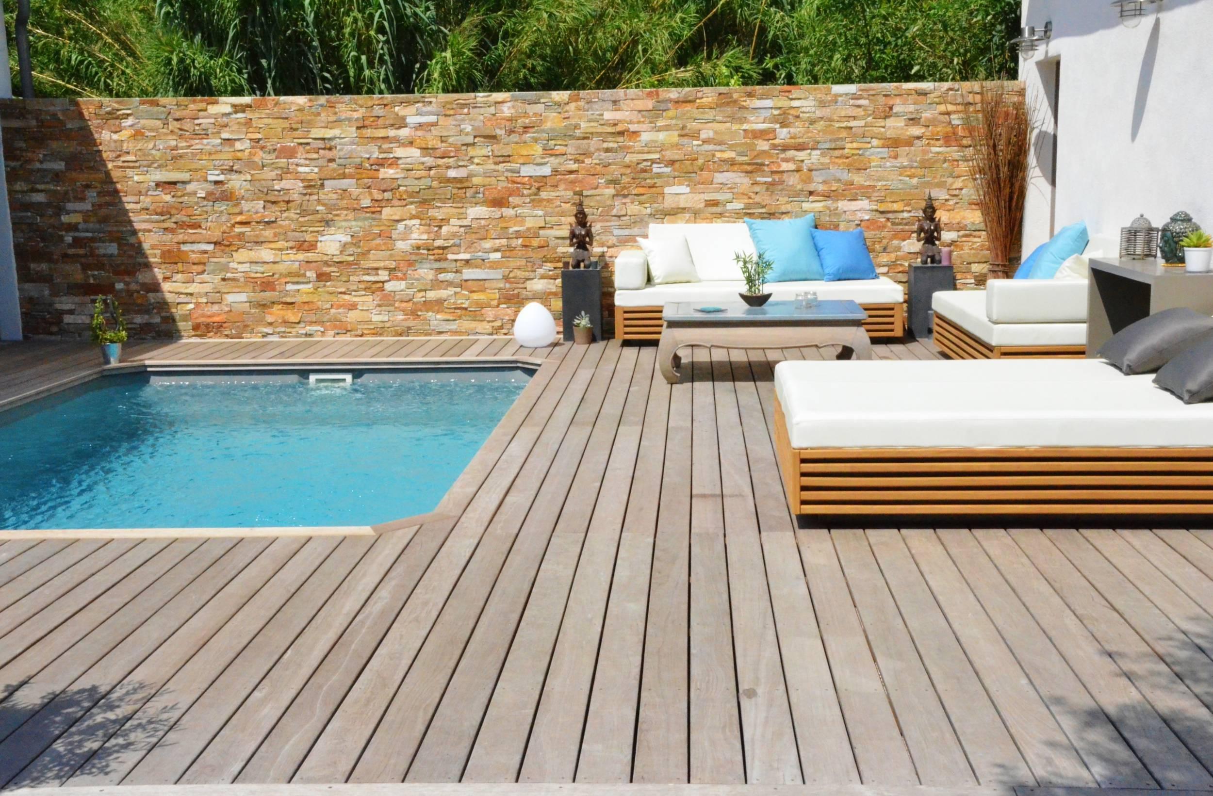 Plage de piscine en bois a saint victoret am nagement de - Mobilier jardin teck entretien aixen provence ...
