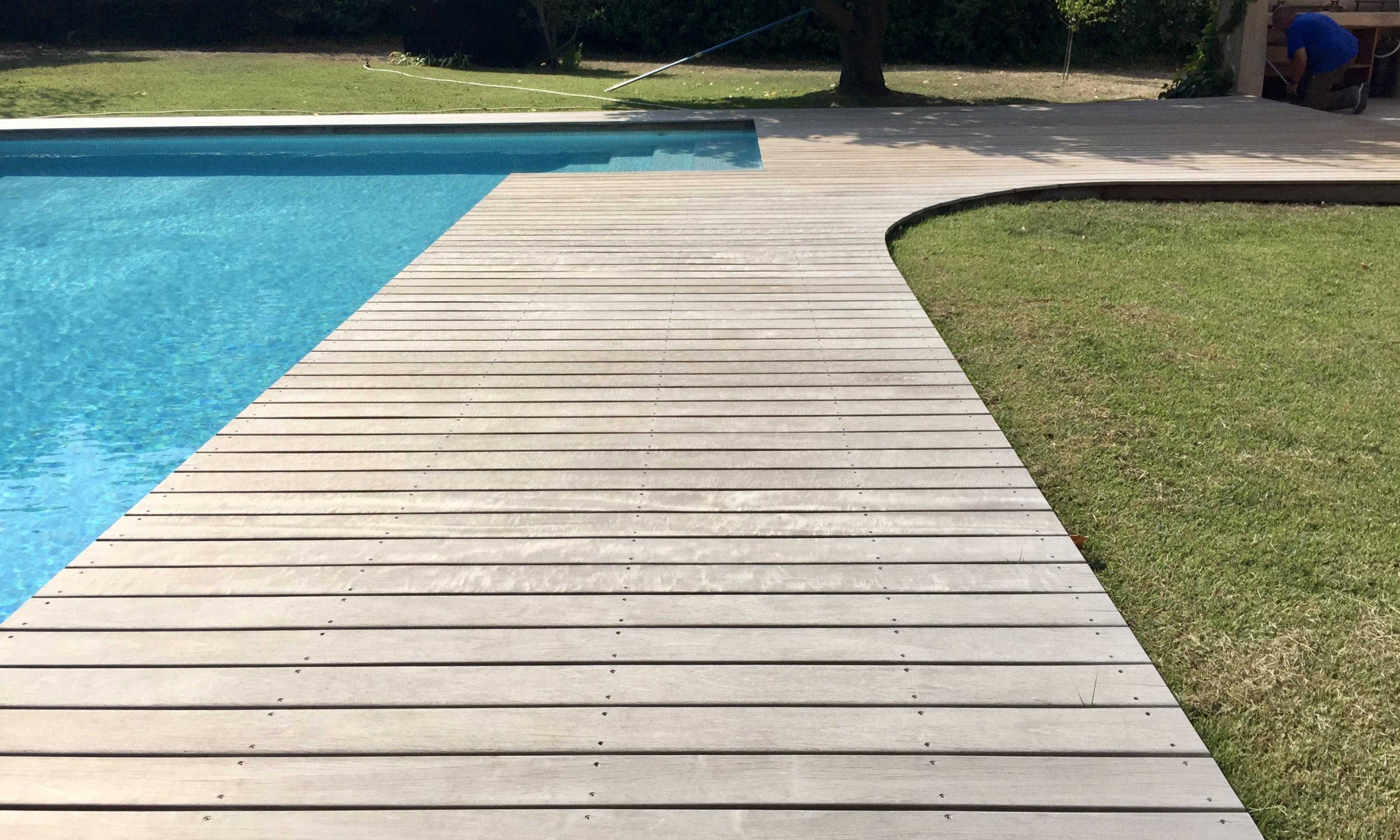 Conception de terrasse en bois aix en provence teck - Amenagement piscine bois aixen provence ...