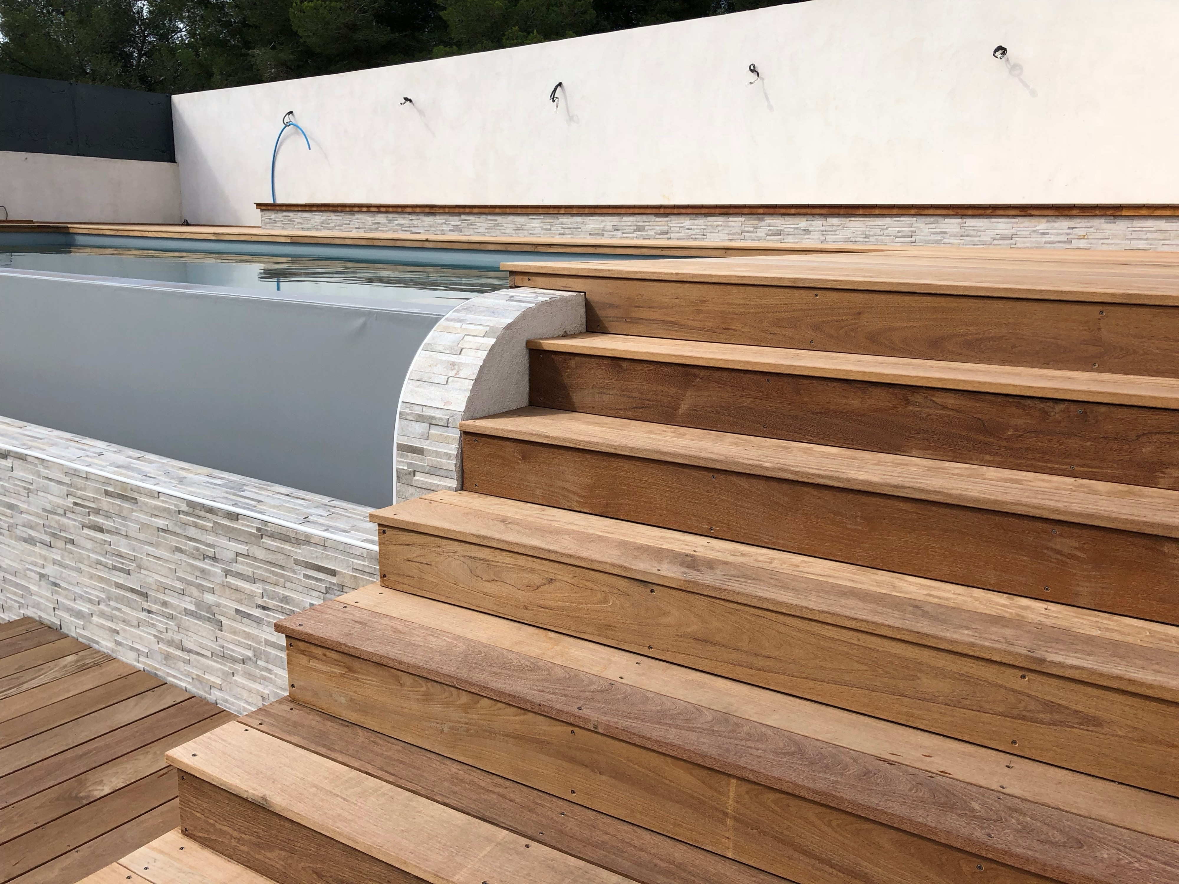 Structure Terrasse Bois Surélevée fabrication d'une terrasse en bois exotique type ipé sur