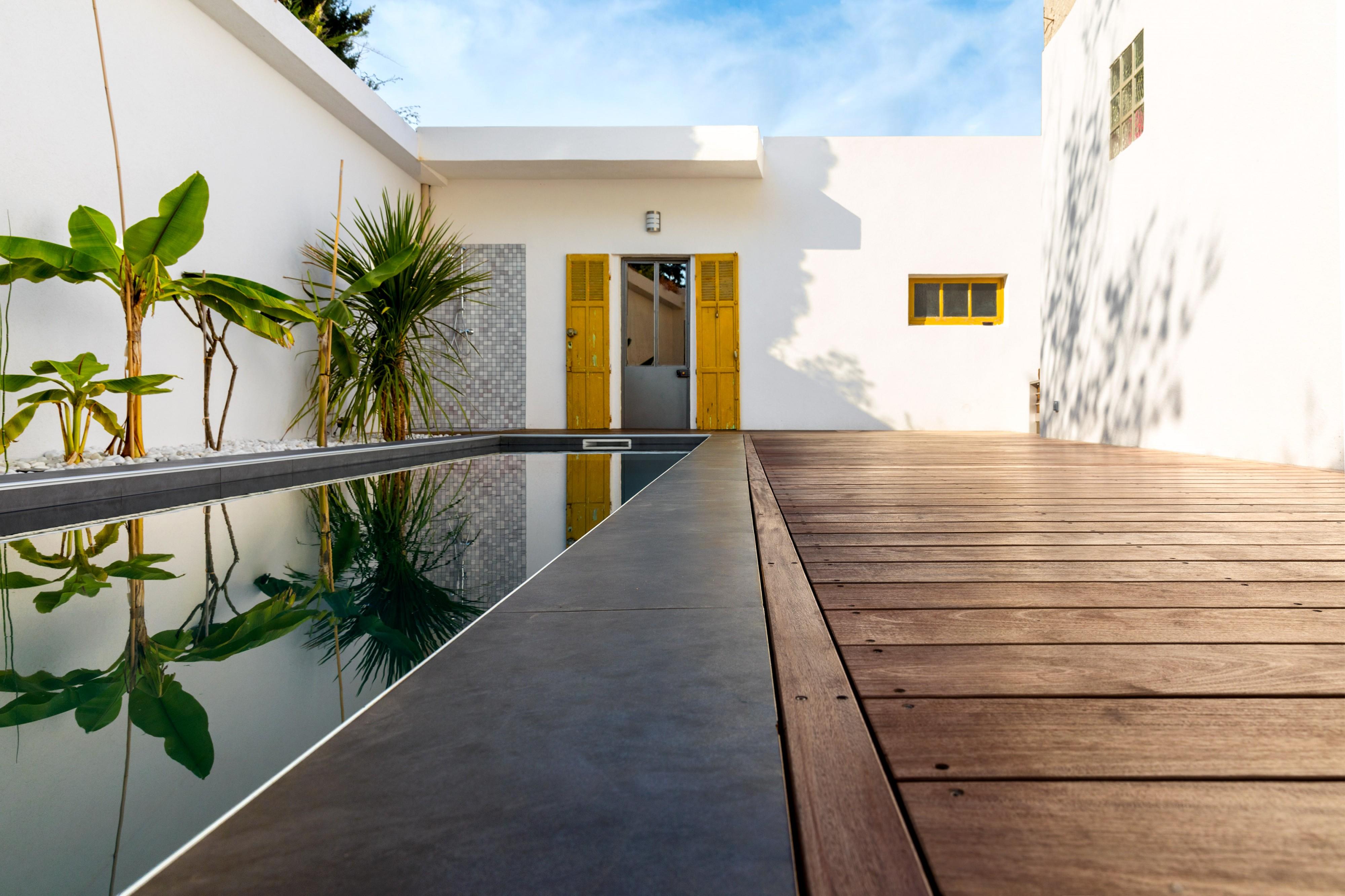 Tour de piscine bois a la ciotat am nagement de terrasse - Amenagement piscine bois aixen provence ...