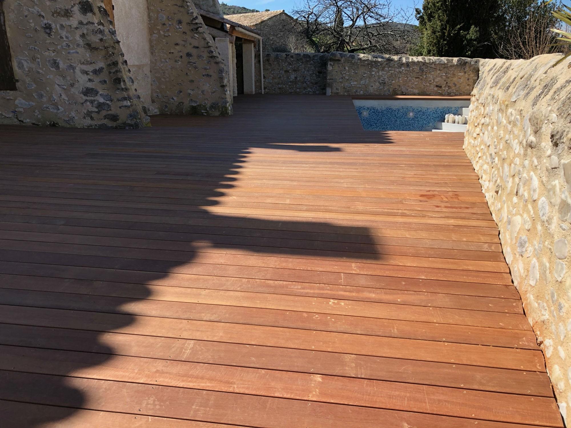 renovation terrasse bois vaison la romaine am nagement. Black Bedroom Furniture Sets. Home Design Ideas