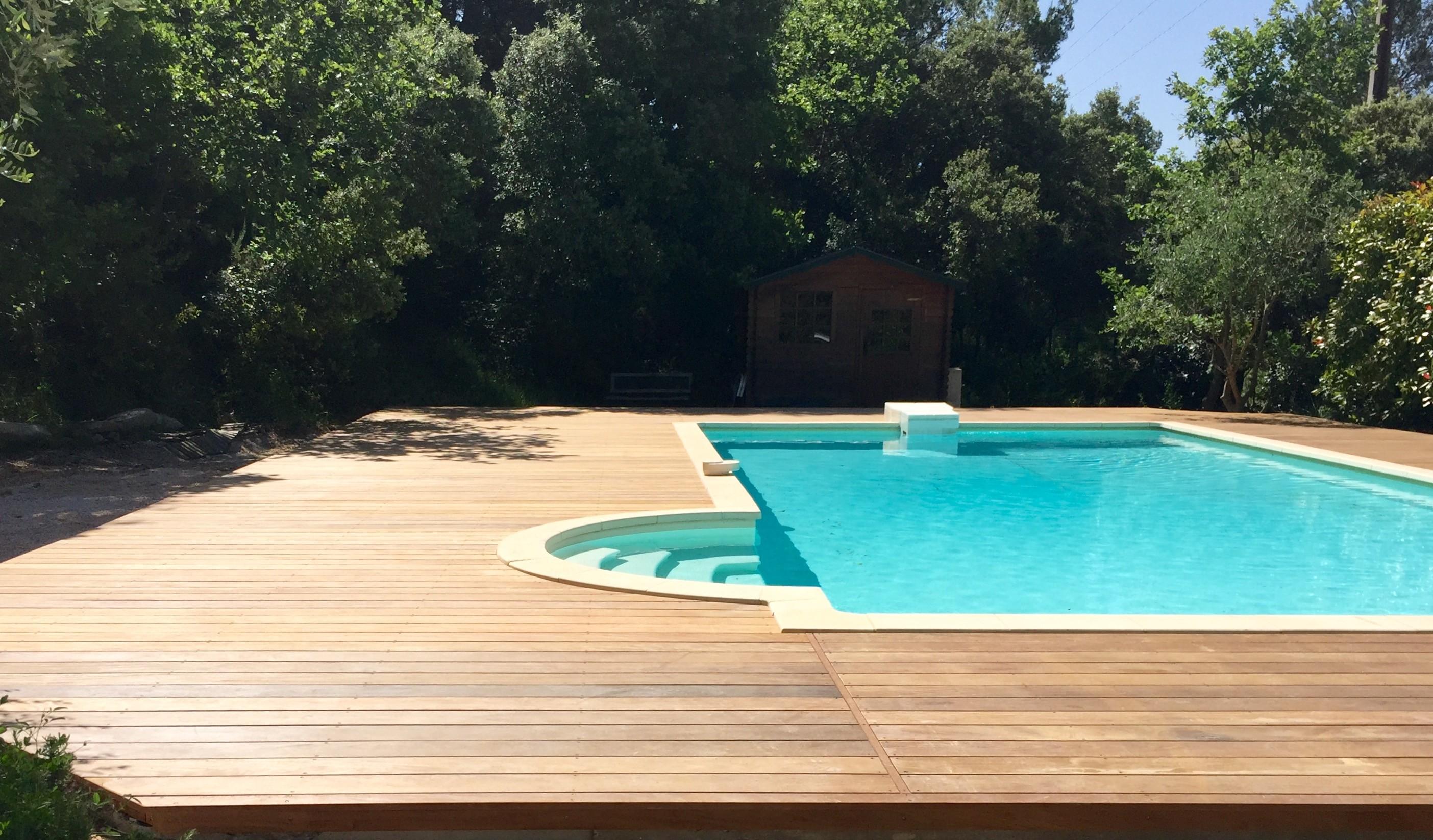 Agrandissement plage de piscine saint victoret - Amenagement piscine bois aixen provence ...