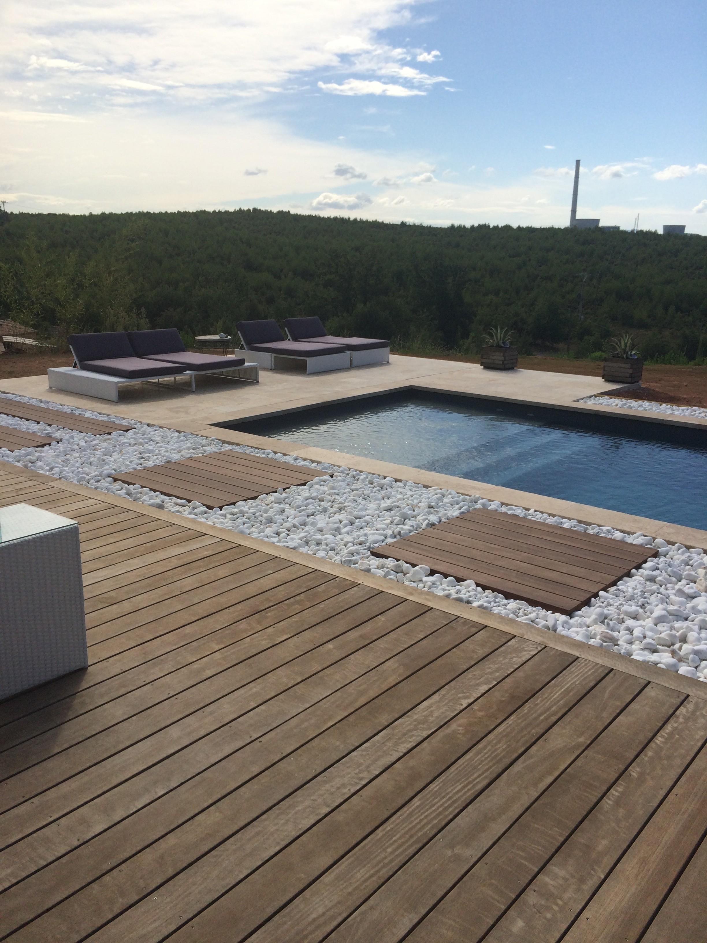 Merveilleux Lames Ou Caillebotis Pour Votre Terrasse En Bois à Marseille ?