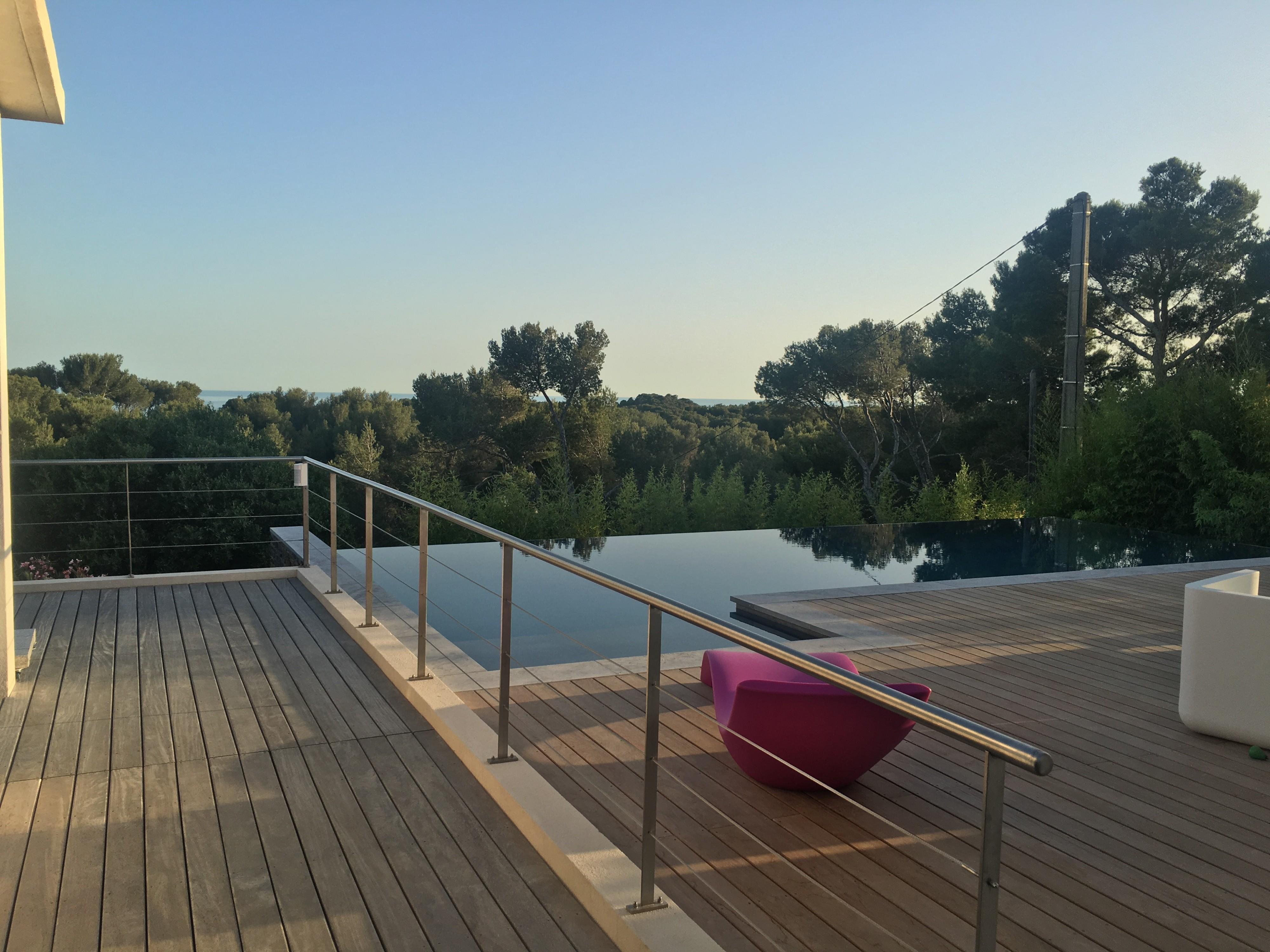 L 39 entretien d 39 une terrasse en bois cabri s am nagement - Mobilier jardin teck entretien aixen provence ...