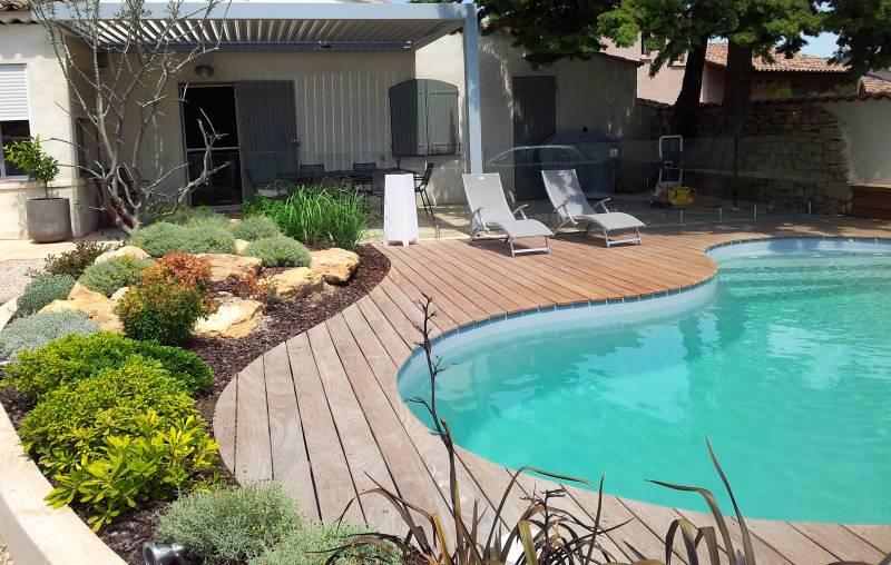 sp cialiste terrasse en bois aix en provence teck amenagement. Black Bedroom Furniture Sets. Home Design Ideas